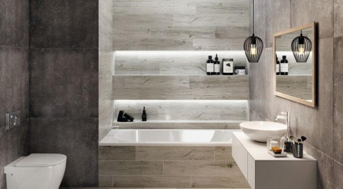 Dwoje do pary: beton i drewno. Tegoroczne trendy w łazienkowych wnętrzach