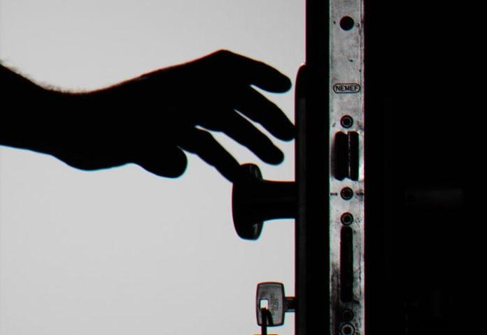 Drzwi wejściowe z aluminium – także do domu jednorodzinnego