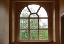 Niewłaściwy montaż i uszkodzenia mechaniczne - najczęstsze przyczyny usterek okien
